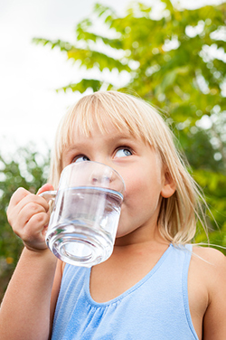 The Oral Dangers of Children Not Drinking Enough Water